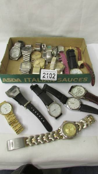 A mixed lot of ladies and gent's wrist watches.