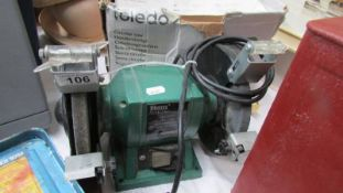 A Ferm FSM 150 bench grinder