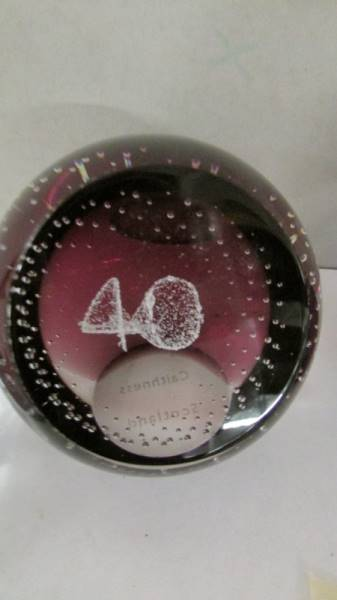 Four Caithness glass paperweights. - Image 4 of 5