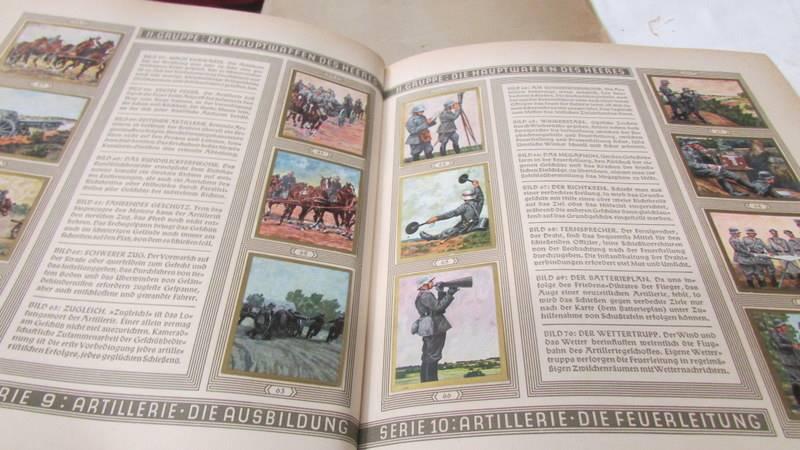 A 1933 'Die Reichswehr' German military cigarette card album, complete. - Image 6 of 10
