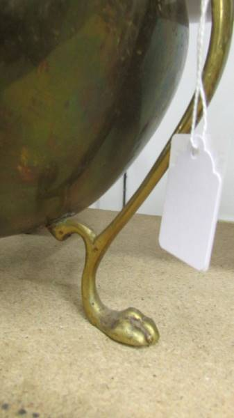 An Edwardian art nouveau brass three footed jardeniere. - Image 3 of 4