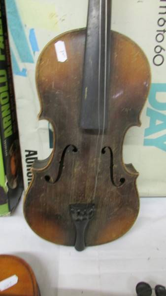 Two old violins, a/f. - Image 4 of 5