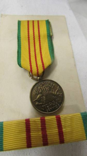 2 American Vietnam service medals together with a miniature service medal and a Zippo Vietnam - Image 4 of 7