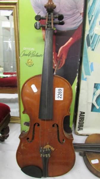 Two old violins, a/f. - Image 2 of 5