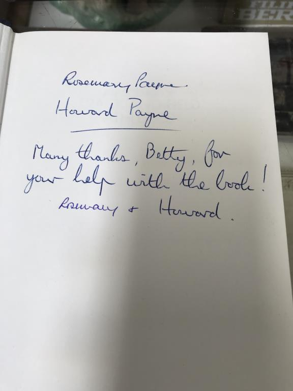A good lot of hardback books including signed copies by Ian Rankin, Judith Durham, - Image 7 of 11