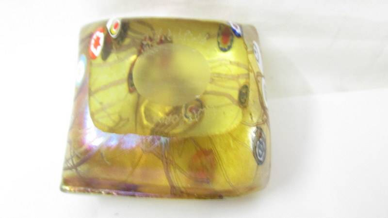 A John Ditchfield Glasform silver cat on a glass cushion paperweight. - Image 3 of 4
