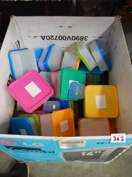A quantity of coloured plastic topped containers. - Image 2 of 2