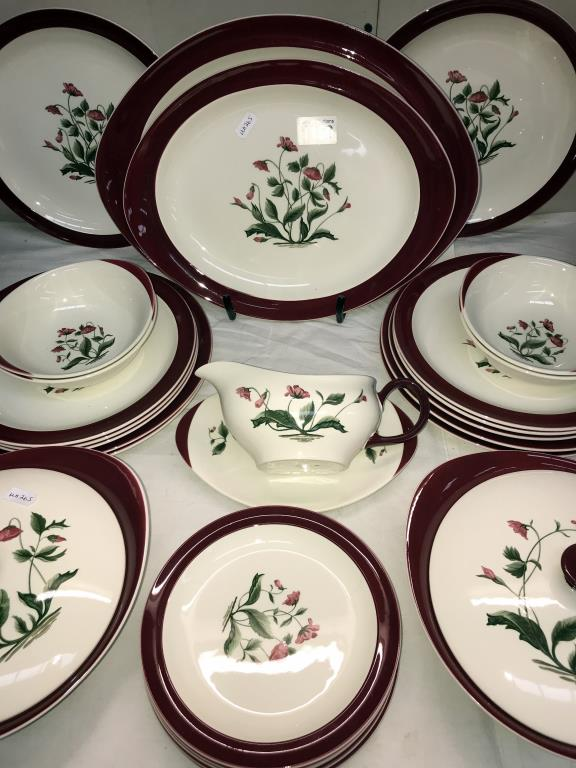 A Wedgwood Mayfield dinner set, - Image 3 of 4