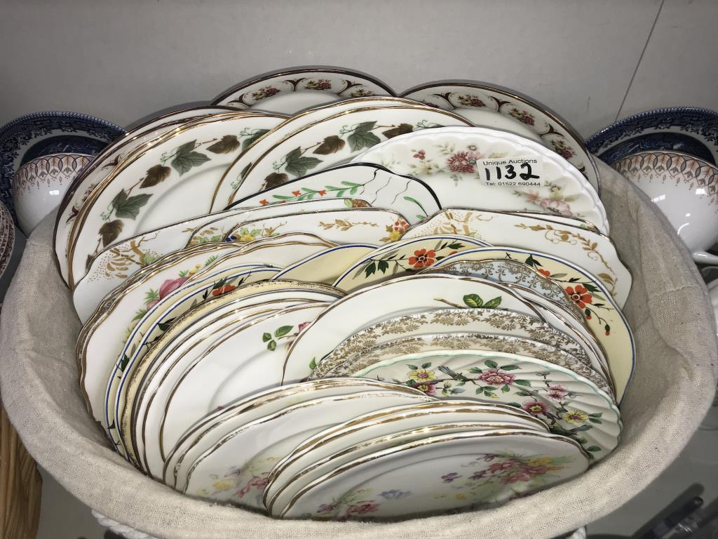 In excess of 170 pieces of crockery, plates, saucers and cups, - Image 4 of 7