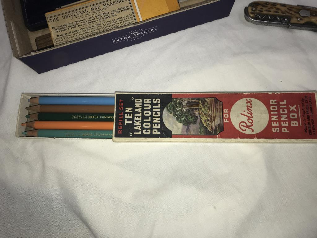 A mixed lot including penknife & part geometry set etc. - Image 5 of 6