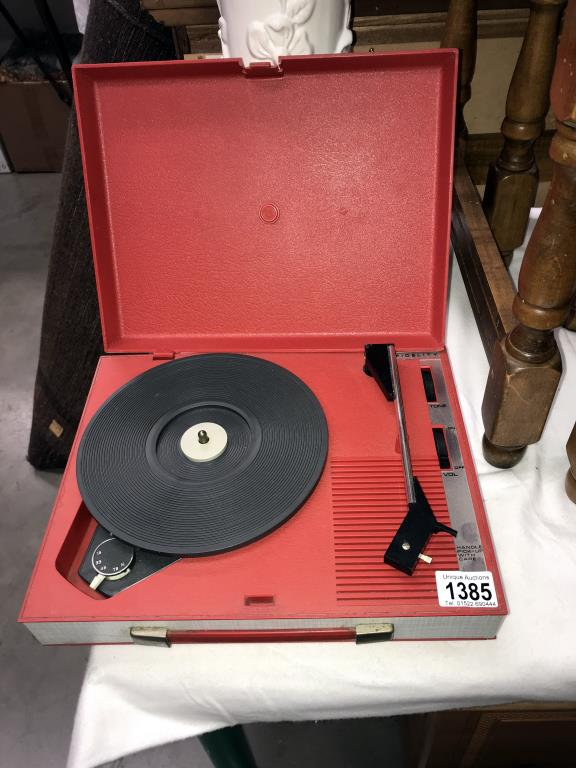A vintage Fidelity model HF42 record player (working when tested)