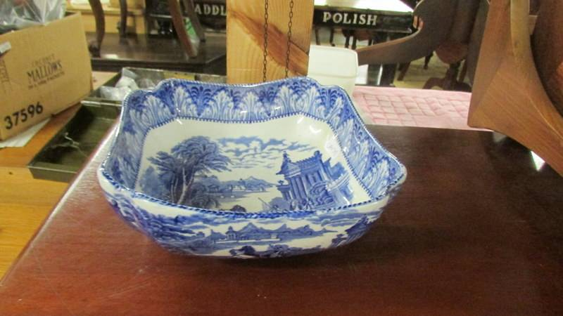 Three Cauldon blue and white bowls. - Image 4 of 5