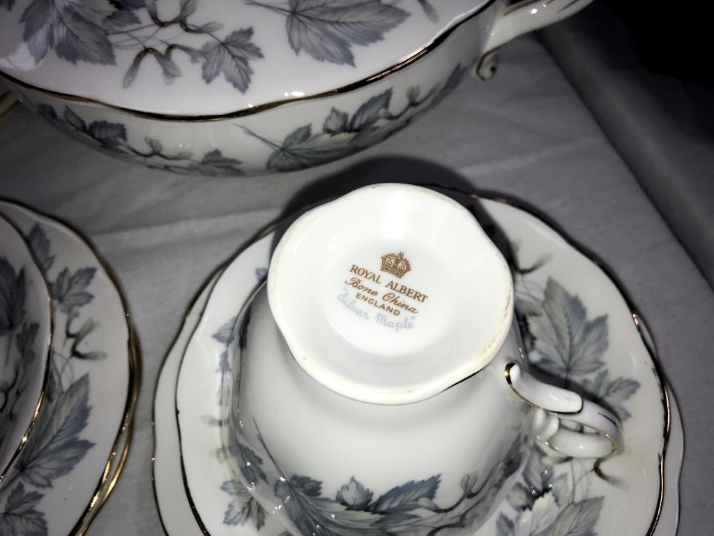 A 49 piece Royal Albert silver maple dinner & tea set - Image 5 of 5