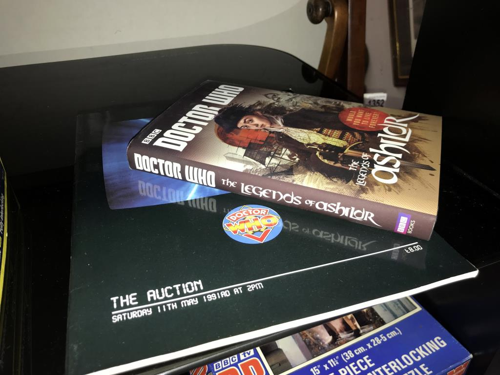 A good lot of vintage & modern Dr Who books, - Image 4 of 11