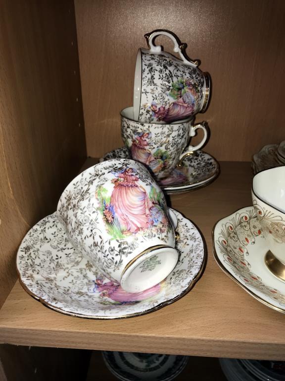 A Queen Anne 13 piece part tea set, - Image 2 of 4