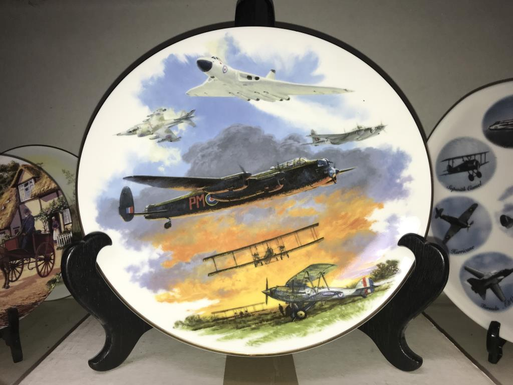 A selection of collectors cabinet plates including aircraft etc. - Image 8 of 12