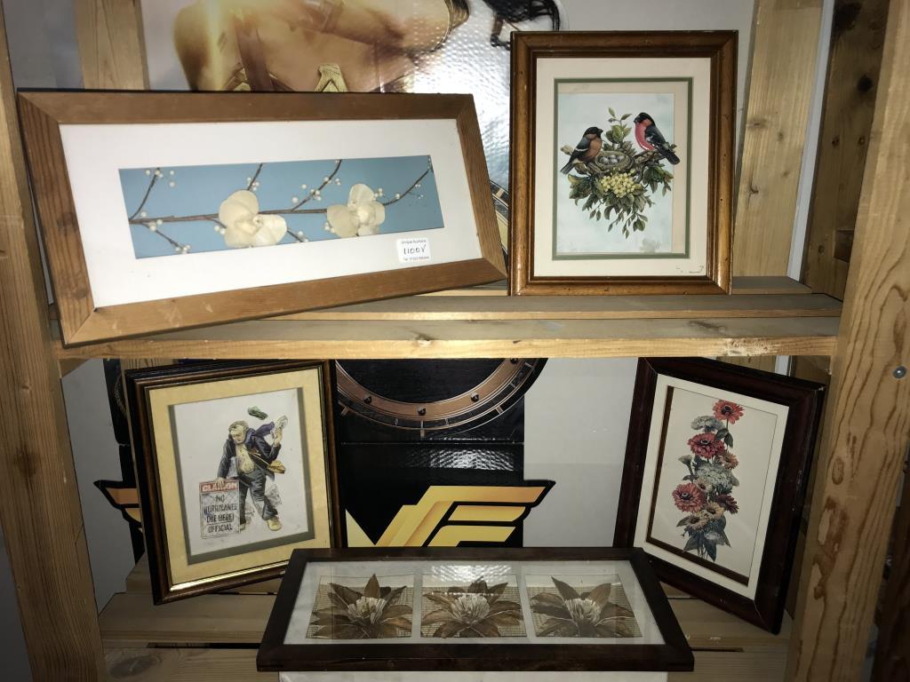 4 framed 3D flower pictures & 1 other