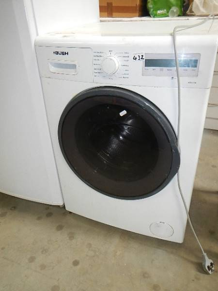 A bush WD8614W computer washing machine, working.