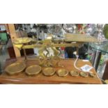 A set of brass postal scales with weights. ****Condition report**** Base 31.