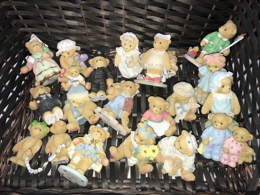 A collection of cherished teddies in 2 wicker baskets approximately 30 bears in total - Image 3 of 3