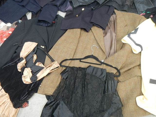 A full rail of vintage and other clothing. - Image 10 of 12