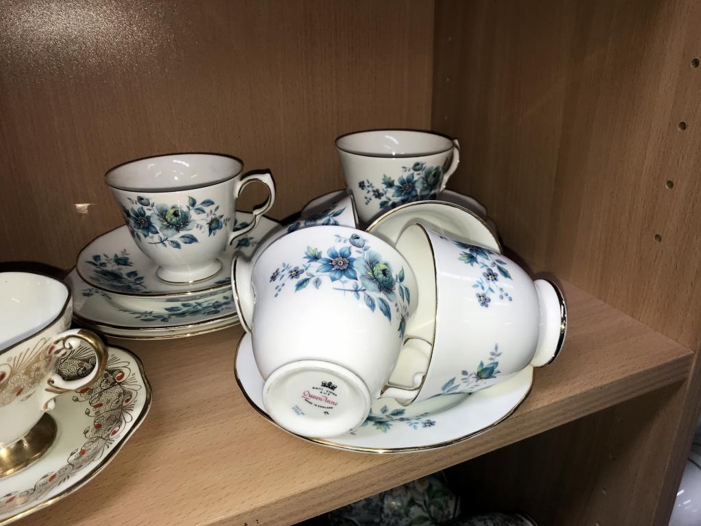 A Queen Anne 13 piece part tea set, - Image 4 of 4
