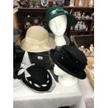 4 ladies hats and a hatbox (a/f) Includes 2 French wool/linen hats,