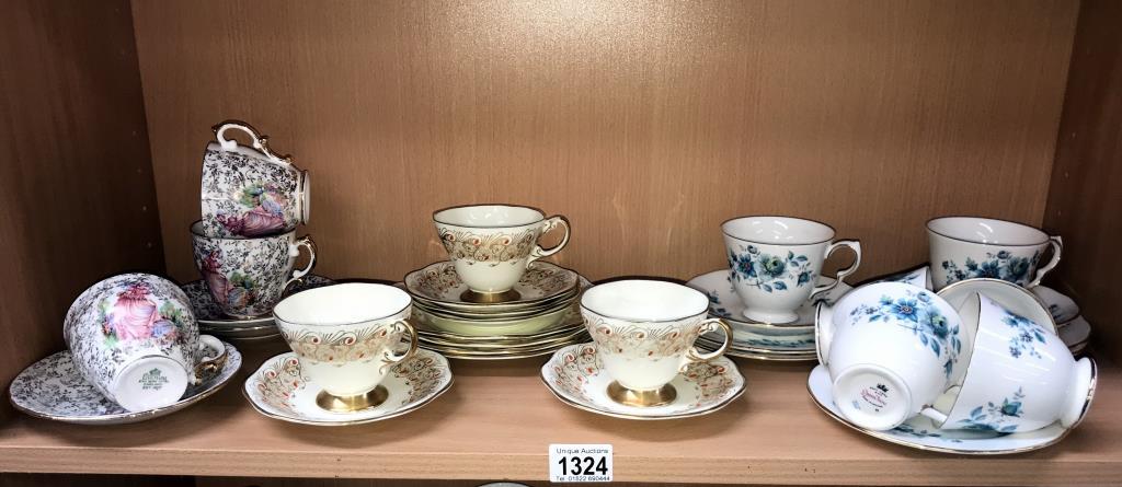 A Queen Anne 13 piece part tea set,