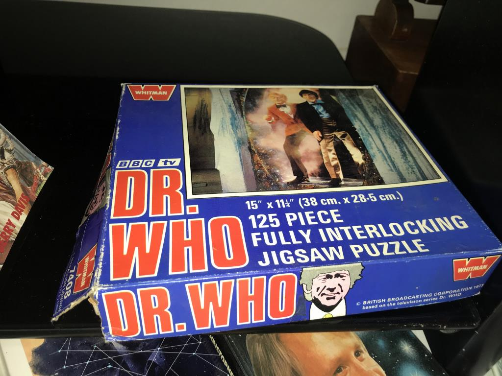 A good lot of vintage & modern Dr Who books, - Image 5 of 11