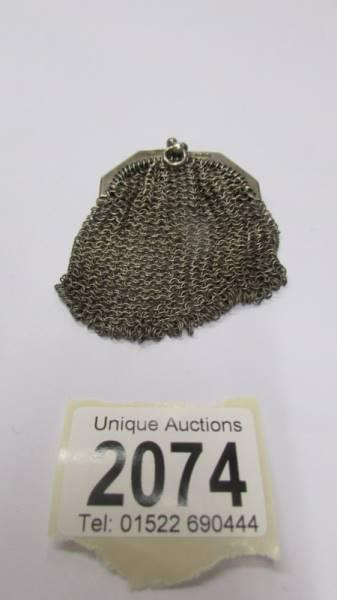 A small silver purse. - Image 2 of 2