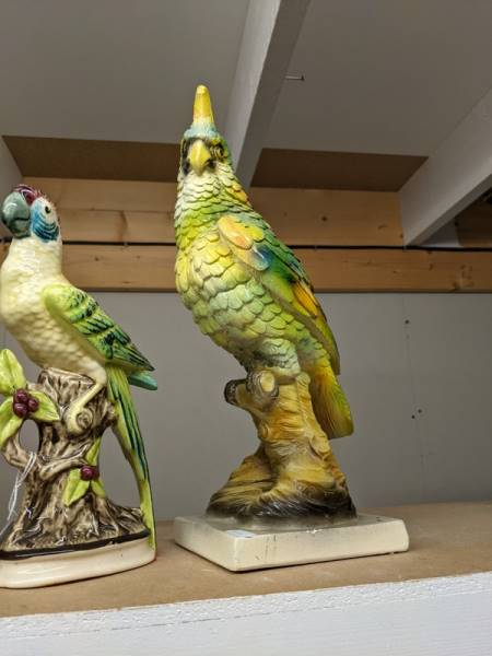 Two ceramic parrots. - Image 3 of 3