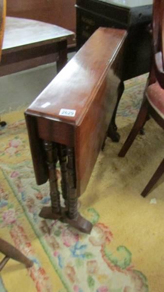 A mahogany Sutherland table.