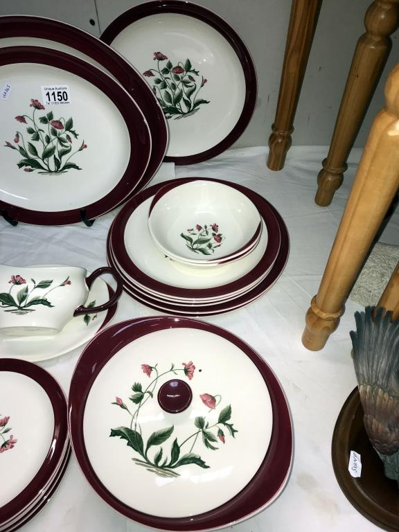 A Wedgwood Mayfield dinner set, - Image 4 of 4