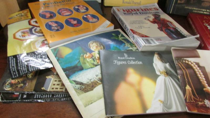 A collection of antique reference books. - Image 5 of 5