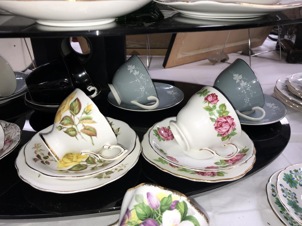 A quantity of porcelain trio's & cups & saucers including Royal Albert etc. - Image 5 of 7