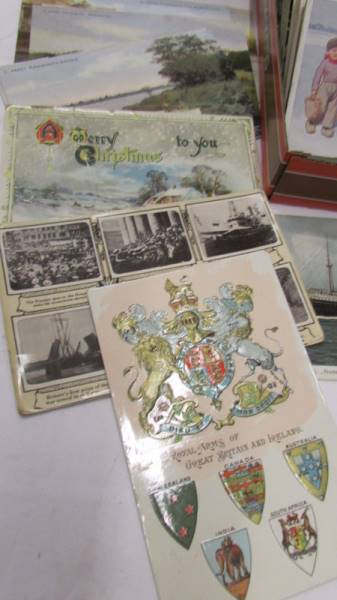 In excess of 200 interesting old postcards and greeting cards. - Image 4 of 6