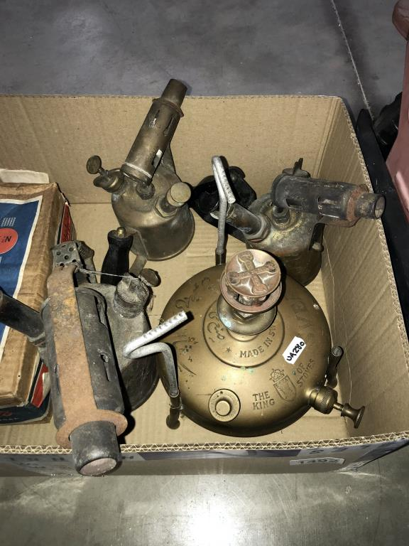 3 brass blow lamps and 2 pressure stoves - Image 2 of 3