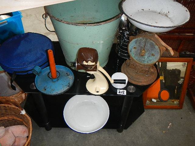 An enamel bucket, TV table and old kitchen items. - Image 2 of 2