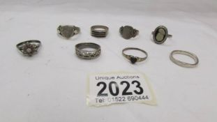 Eight assorted silver rings, 28 grams.