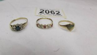 Three gold rings, 3.5 grams.