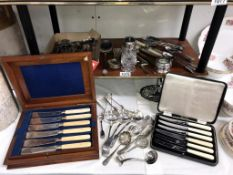 A mixed lot of silver plate & boxed sets