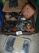 A box of castors.