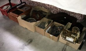 A large lot of clocks ( for spares & repairs) (2 clock cases & 5 boxes)