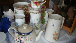 A mixed lot of ceramic items.