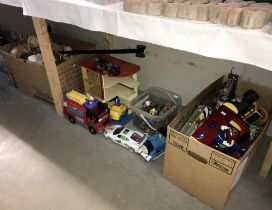 A large quantity of toys including battery operated,