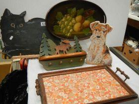 A mixed lot including trays, cat wall plaque, dog doorstop etc.