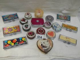 18 assorted pill and trinket boxes.
