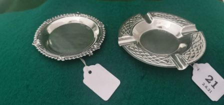 Irish Silver Pin Dish with ribbed borders, stamped J.M. & Co, 1907 9cm dia & a commemorative Irish