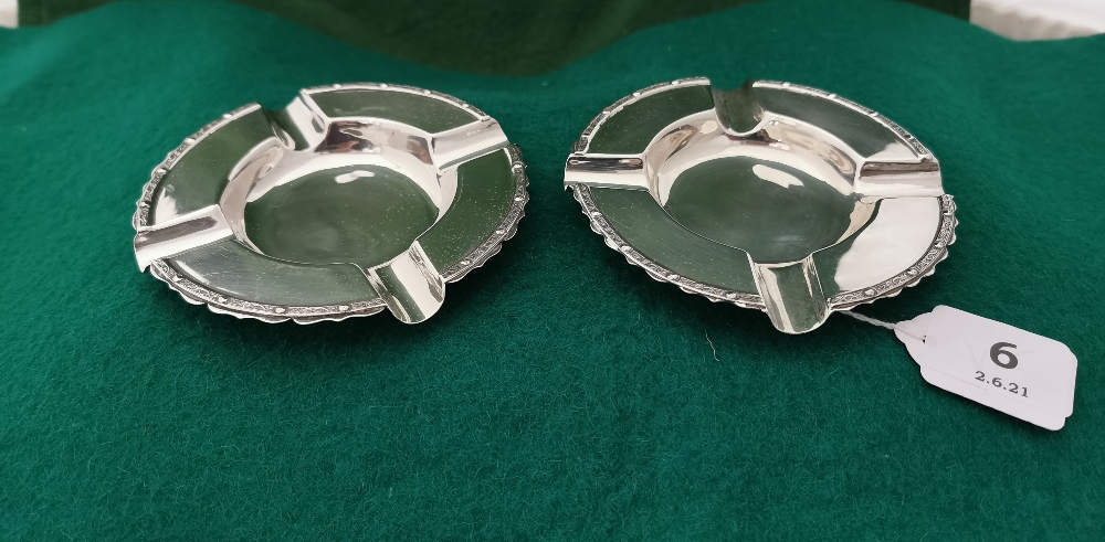 A matching pair of Irish Silver Ashtrays, Celtic design borders, Dublin 1966 by B Moynihan Ltd. 12cm - Image 2 of 3