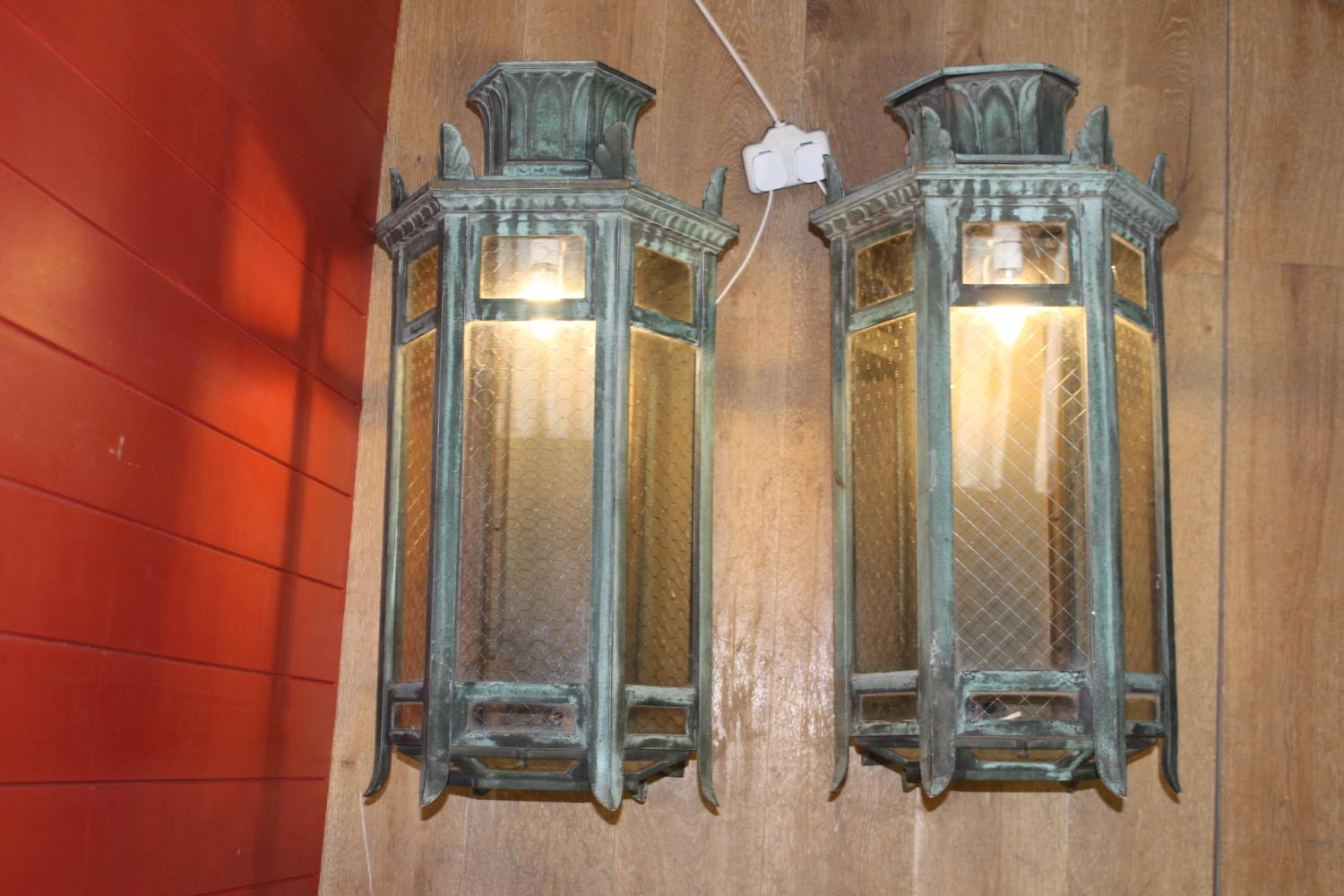 Pair of bronze porch lights - Image 2 of 2